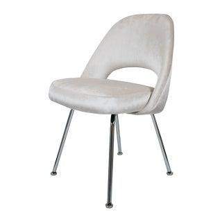 Saarinen Executive Ivory Velvet Armless Chair