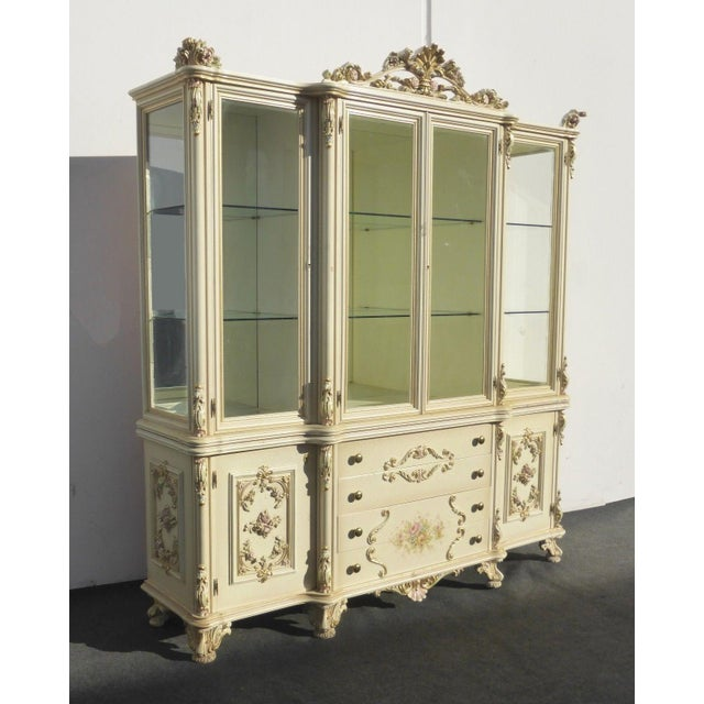 Vintage Off White Ornate Venetian China Cabinet - Image 4 of 11