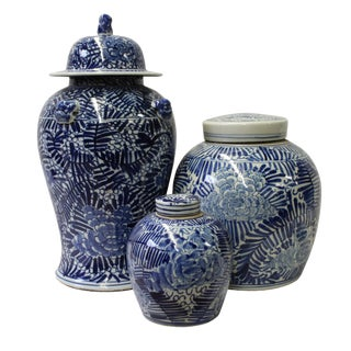 Chinese Set of 3 Blue White Abstract Flower Temple Ginger Jars