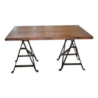 Industrial Chic Table With Iron Legs