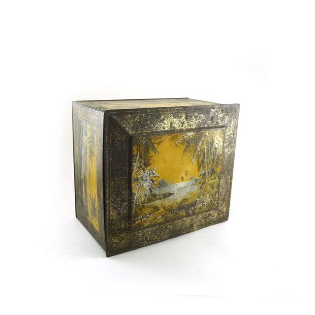 1920s Globe Soap Company Tin - Image 3 of 7