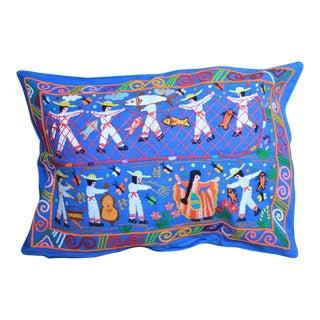 Tzin Tzun Tzan Fiesta Y Pescadores Pillow Cover
