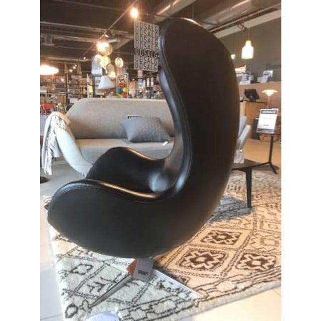 Arne Jacobson for Fritz Hansen Egg Easy Chair & Footstool - Image 3 of 9