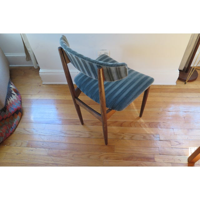 Mid-Century Teal Upholstered Chairs - A Pair - Image 3 of 5