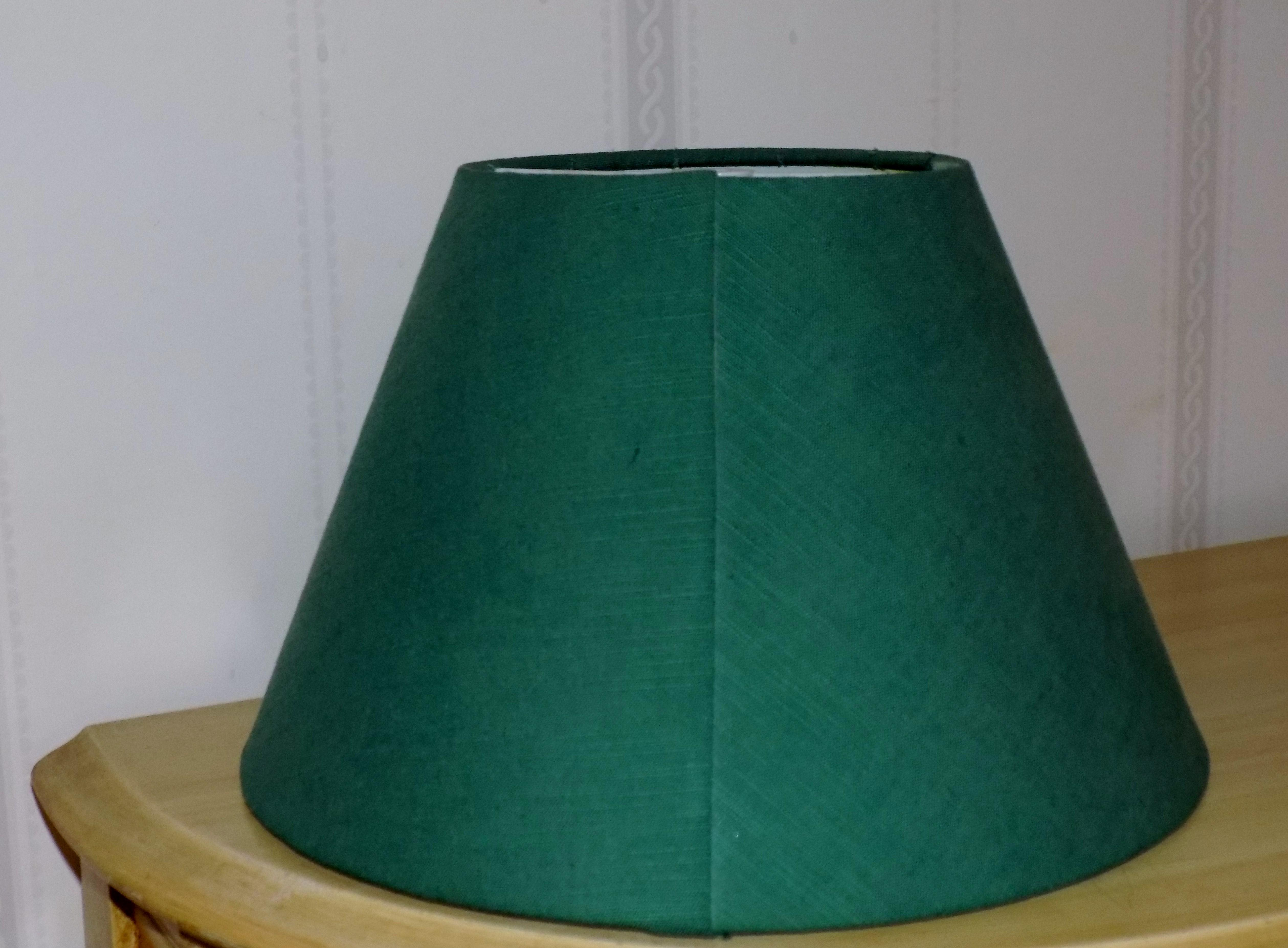 irish belleek basketweave shamrock pattern lamp with original linen shade image 8 of 10