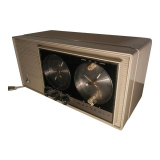 Vintage Art Deco 1950's-60's Motorola Clock Radio