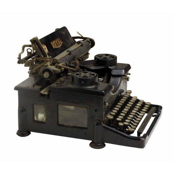 Vintage Royal Regal Typewriter - Image 6 of 9