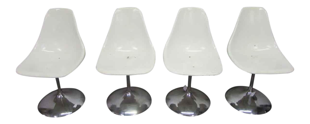 Mid Century White Acrylic Chairs   Set Of 4
