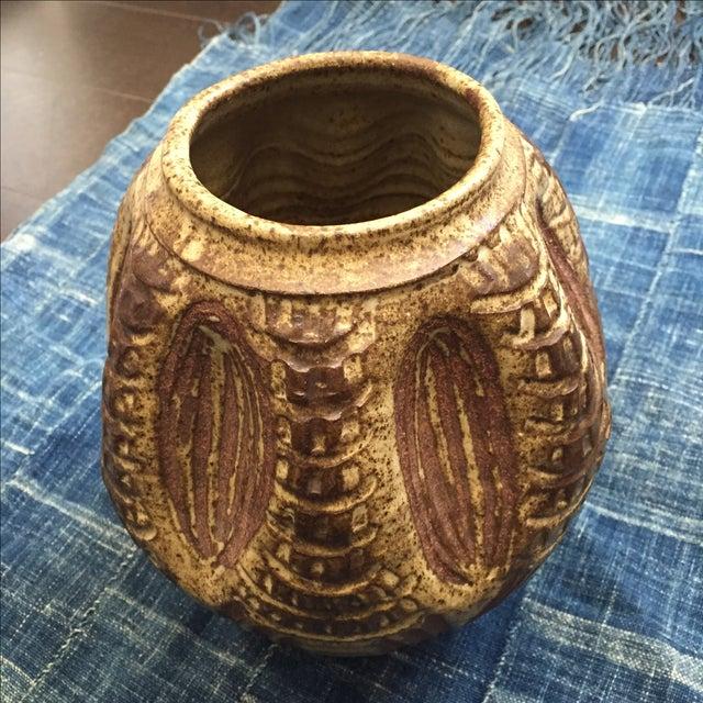 1970s Vintage Brutalist Studio Pottery Vase - Image 7 of 7