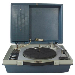 Working RCA Victor Portable Record Player