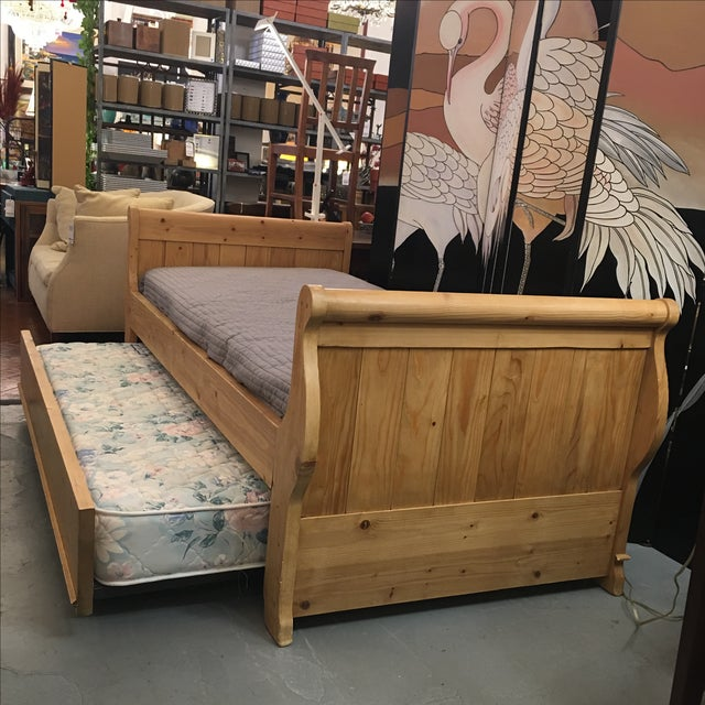 Sleigh Daybed With Trundle - Image 5 of 9