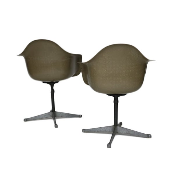Charles Eames Bucket Swivel Chair - Pair - Image 3 of 8