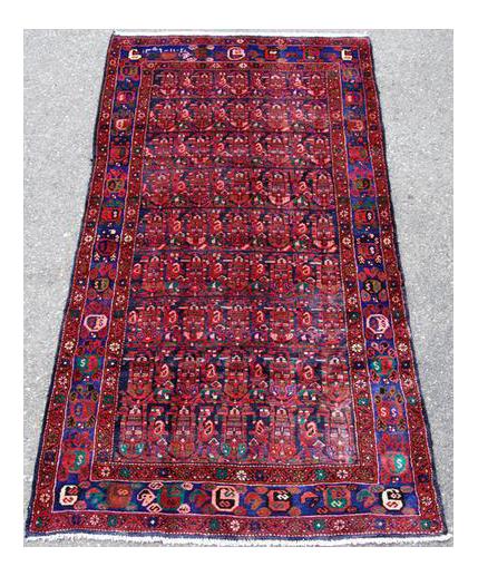 Semi Antique Hosseinabad Rug   4u2032 × 8u20326u2033