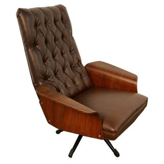 Mulhauser Tufted Back Lounge Chair by Plycraft