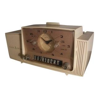 General Electric Vintage 1950's-60's Art Deco Clock Radio