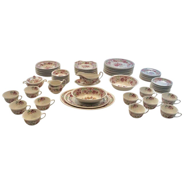 Winchester Johnson Bros China Set - Service for 12 - Image 1 of 9