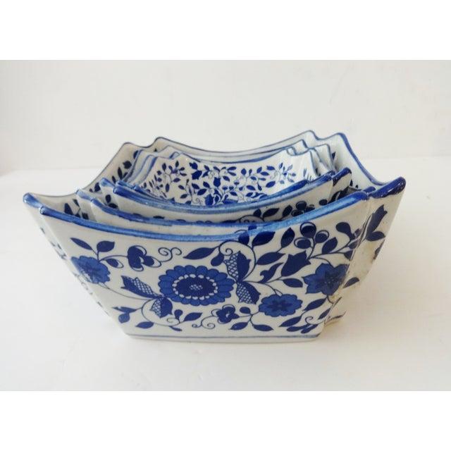 Nesting Blue & White Bowls - Set of 4 - Image 5 of 6
