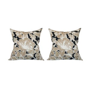 Vintage Floral Throw Pillows - A Pair