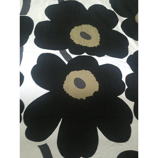 marimekko unikko tablecloth chairish. Black Bedroom Furniture Sets. Home Design Ideas