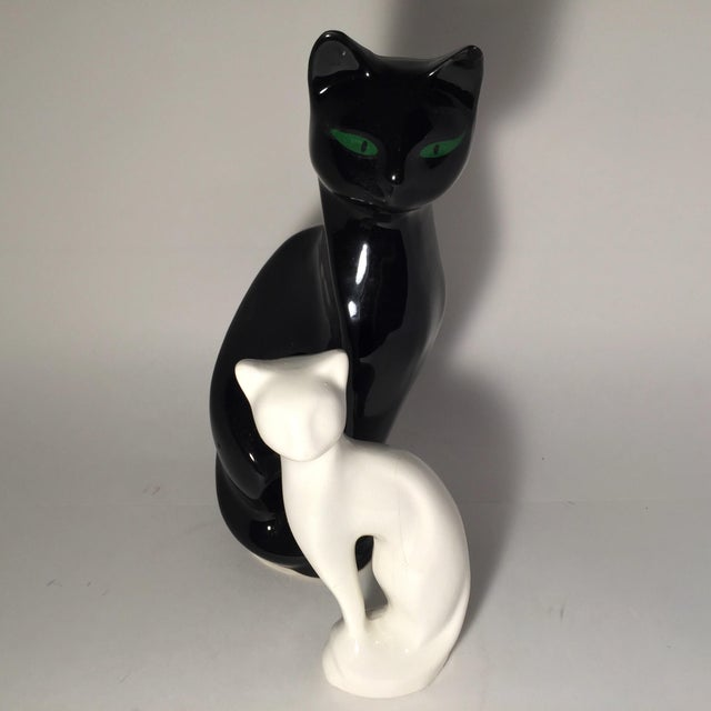 Image of Ceramic White & Black Nesting Cats - A Pair