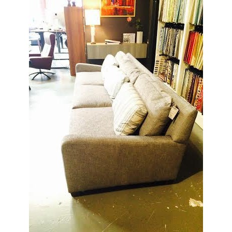 Huntington House Grey and Striped Sofa - Image 3 of 6