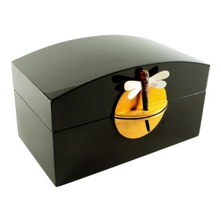 Dragonfly Clasp Black Lacquer Box