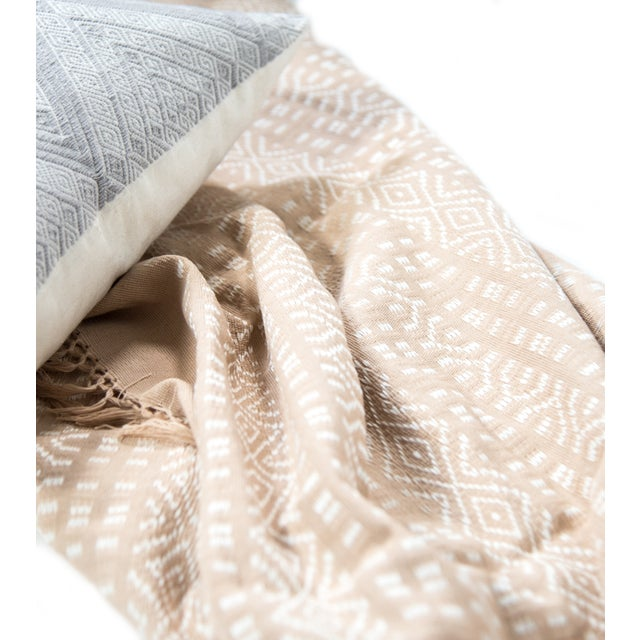 Blush Pink & White Handwoven Chiapas Throw - Image 3 of 4