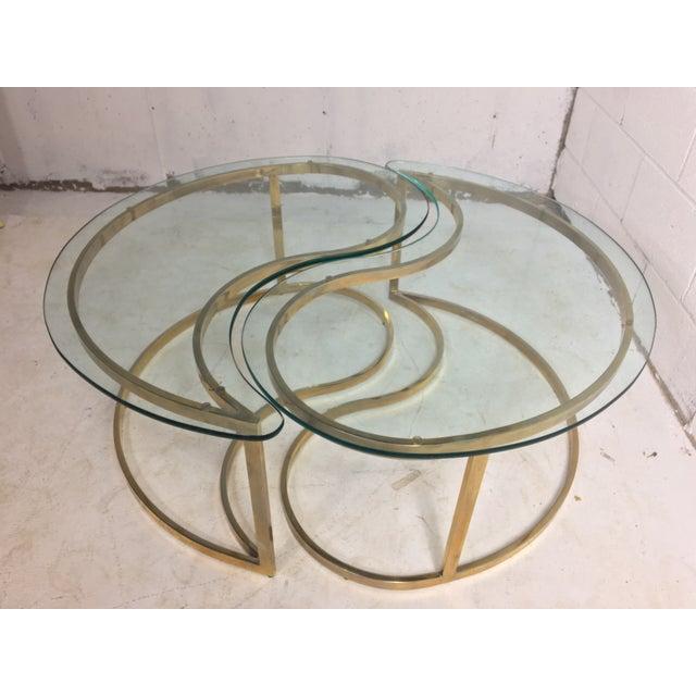 Brass yin and yang coffee table chairish for Table yin yang basse