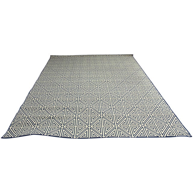 "Image of Navy & Ivory Indoor/Outdoor Rug - 8'6"" x 13'"