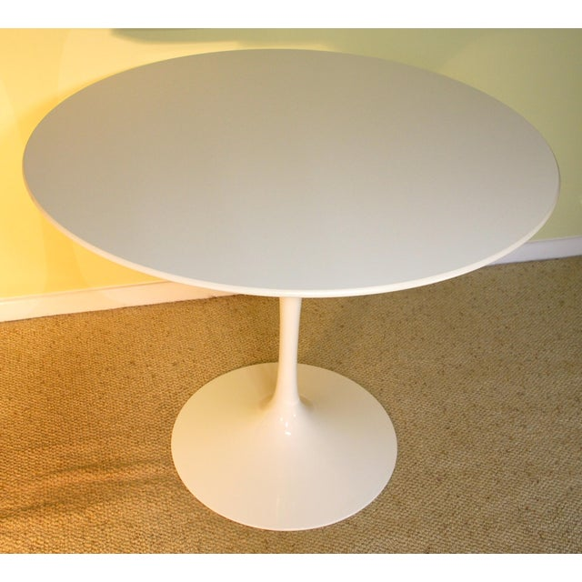 Saarinen White Laminate Dining Table - Image 2 of 9