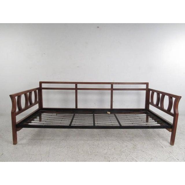 Vintage Modern Sculptural Sofa or Day Bed - Image 5 of 11