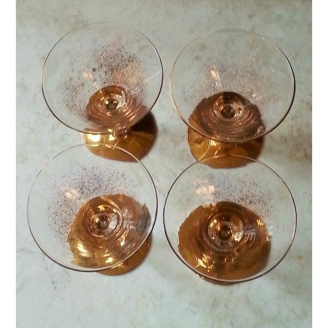 Dorothy Thorpe Cocktail Glasses W/ Gold Flecks - 4 - Image 5 of 10
