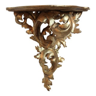 Italian Rococo Gilt-Wood Wall Bracket/Shelf