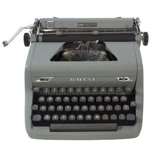 "Royal DeLuxe ""Quiet"" Typewriter"