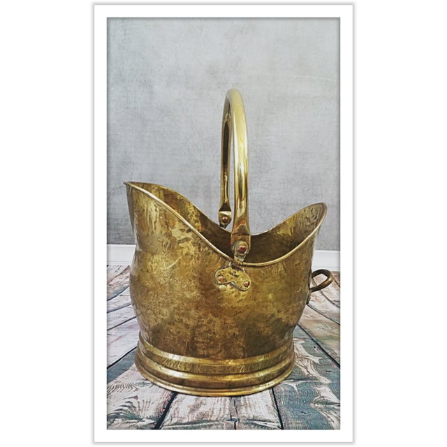 Vintage English Hammered Brass Fireplace Bucket - Image 3 of 11