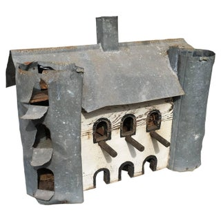 Primitive Hand-Made Barn Birdhouse