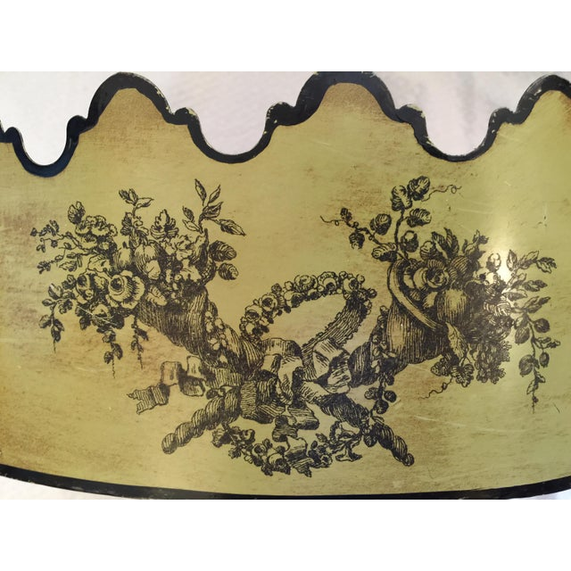 Image of Vintage Italian Toleware Cachepot