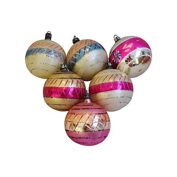Pastel Pink 1960s Christmas Ornaments w/Box - Set of 12 - Image 3 of 7