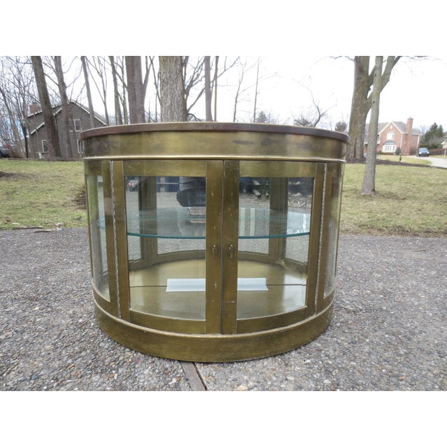 Mastercraft 1970s Lighted Demi-Lune Brass Console - Image 3 of 10