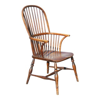 Early American Sack Back Windsor Accent Chair