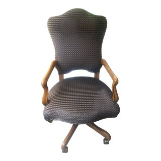 Checkered Upholstery Desk Chair