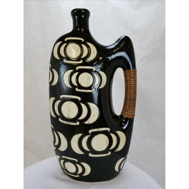 Image of Modern Black & White Vase / Urn