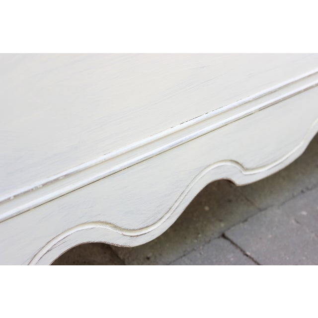 French Provincial Painted White Full Bedframe - Image 6 of 7