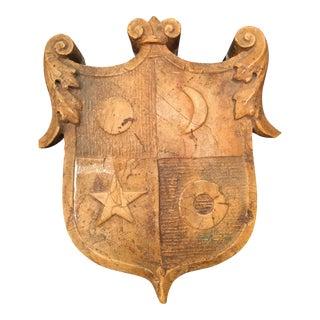 Yellow Veronese Marble Crest