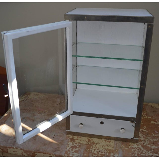 Barber Shop Cabinet With Glass Sides & Shelves - Image 4 of 10