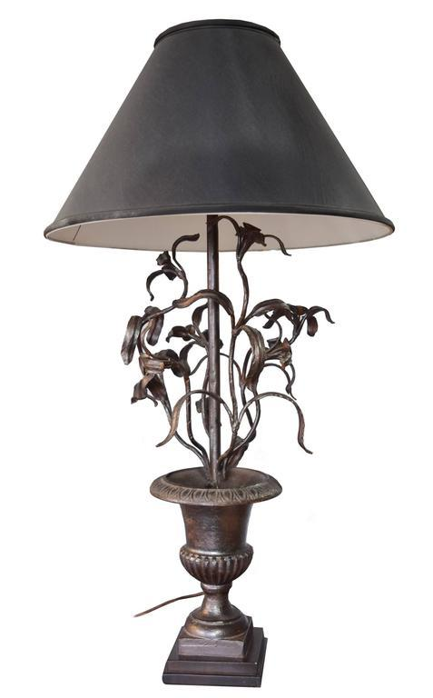 Argentine Cast Iron Table Lamp By Jose Thenee   Image 2 Of 5