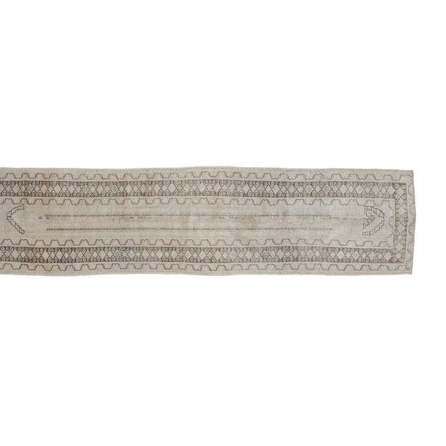 "Vintage Ivory Oushak Rug Runner - 2'6"" x 10'7"" - Image 2 of 2"