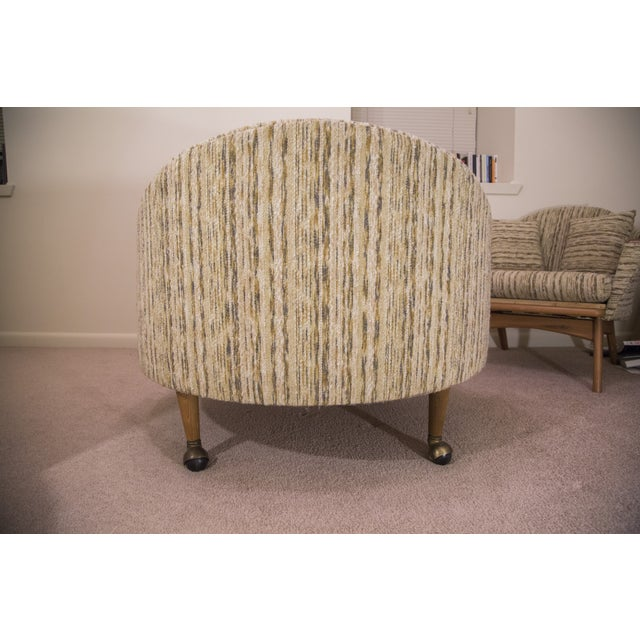 Image of Round Mid-Century Modern Lounge Chair