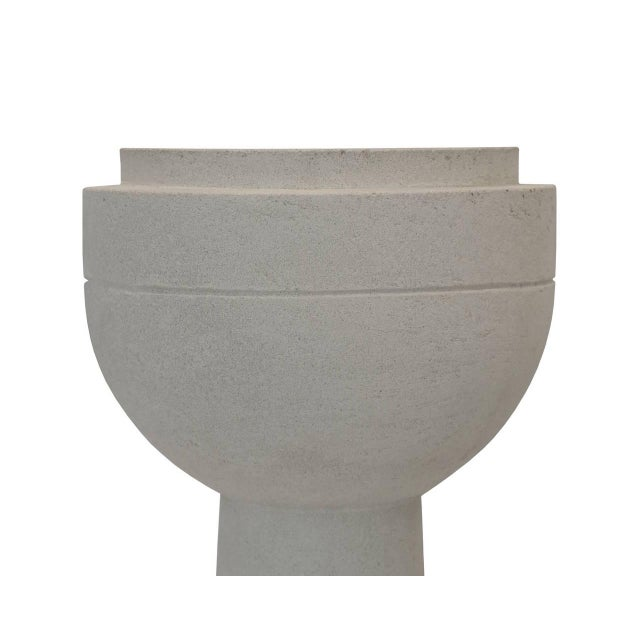 Image of The Eschbach I Cast Concrete Planter