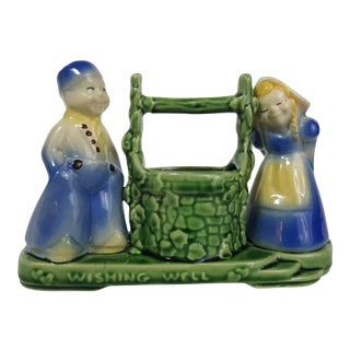 Shawnee Dutch Couple Wishing Well Planter